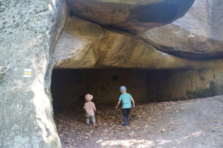 Klokočské skály, jeskyně Postojna a hrad Rotštejn